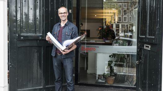 Ivo Sikkema met boek geprint op Xerox Versant 2100