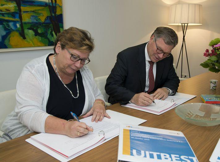 Contractondertekening Xerox en Provincie Noord Holland