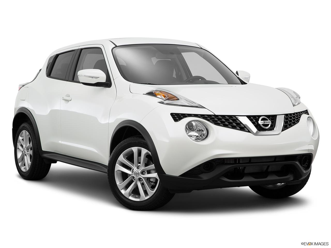 2015 Nissan JUKE 5 Door CVT NISMO RS AWD Wagon   Front Passenger 3/4