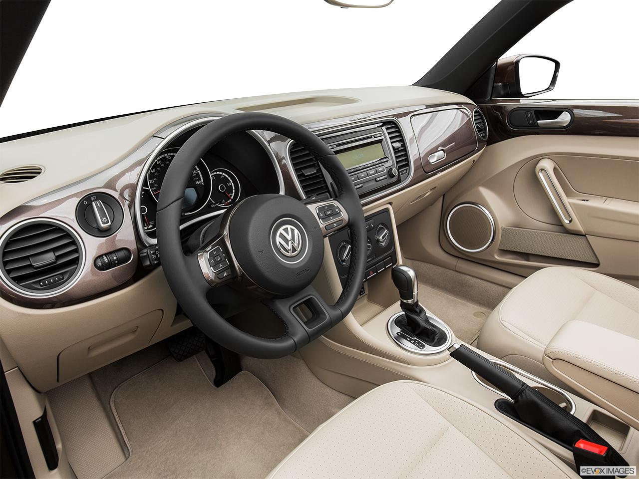 2015 Volkswagen Beetle Convertible 2 Door Auto 1.8T w/Tech - Interior Hero ( & 10240_st1280_163.jpg