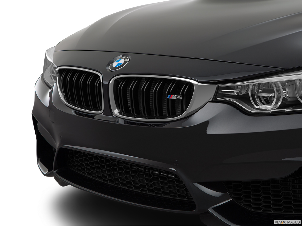 2015 Bmw M4 Coupe Close Up Of Grill