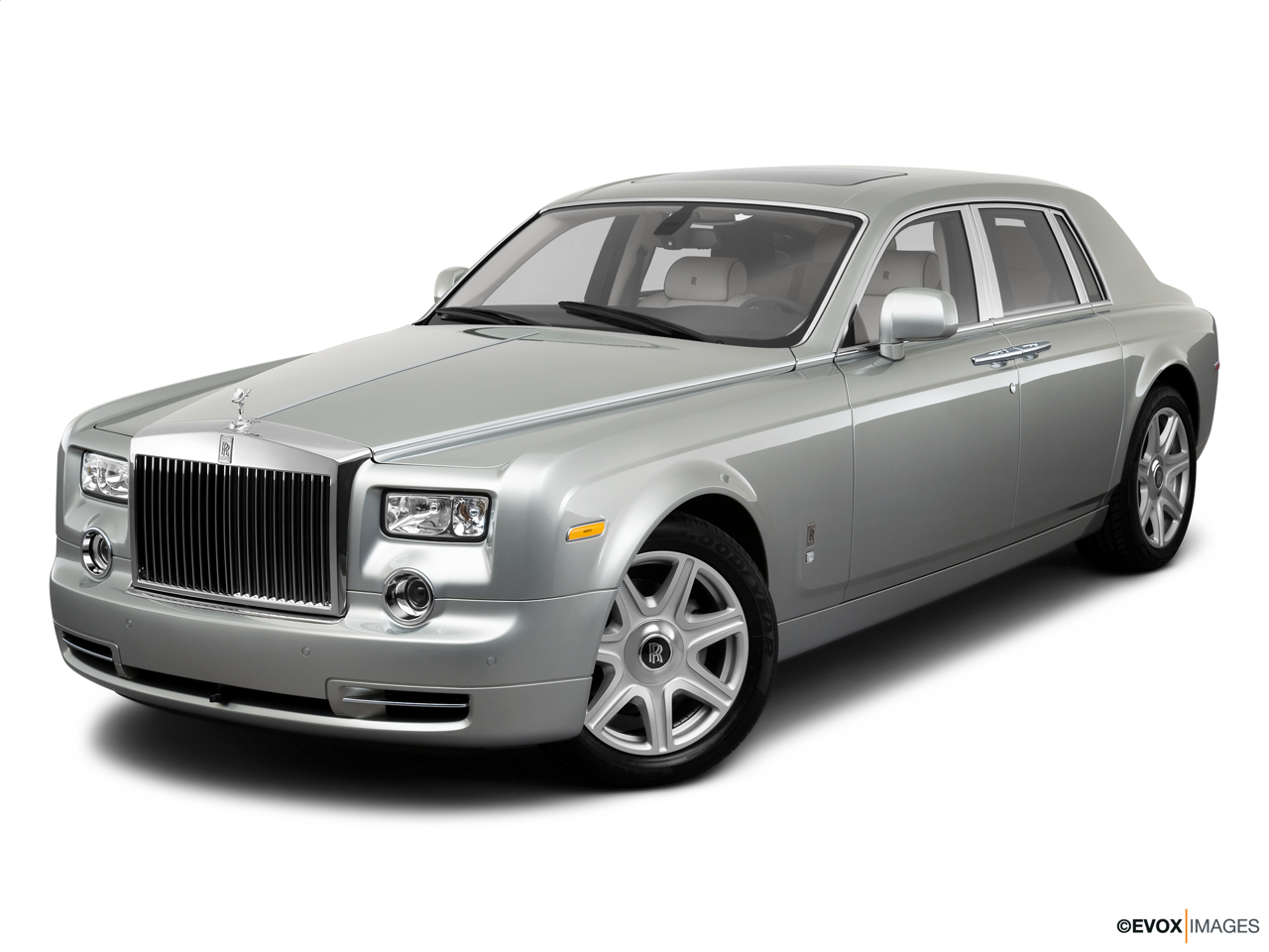 2016 rolls royce phantom sedan. Black Bedroom Furniture Sets. Home Design Ideas