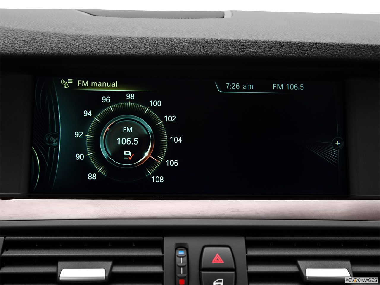 2014 Bmw 5 Series Sedan 535i Rwd Closeup Of Radio Head Unit