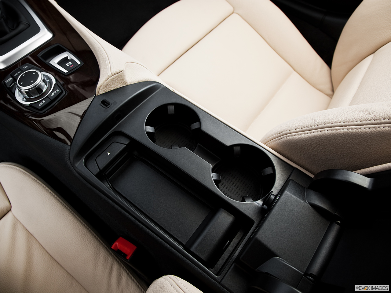 2015 Bmw Z4 Roadster 35i Cup Holders