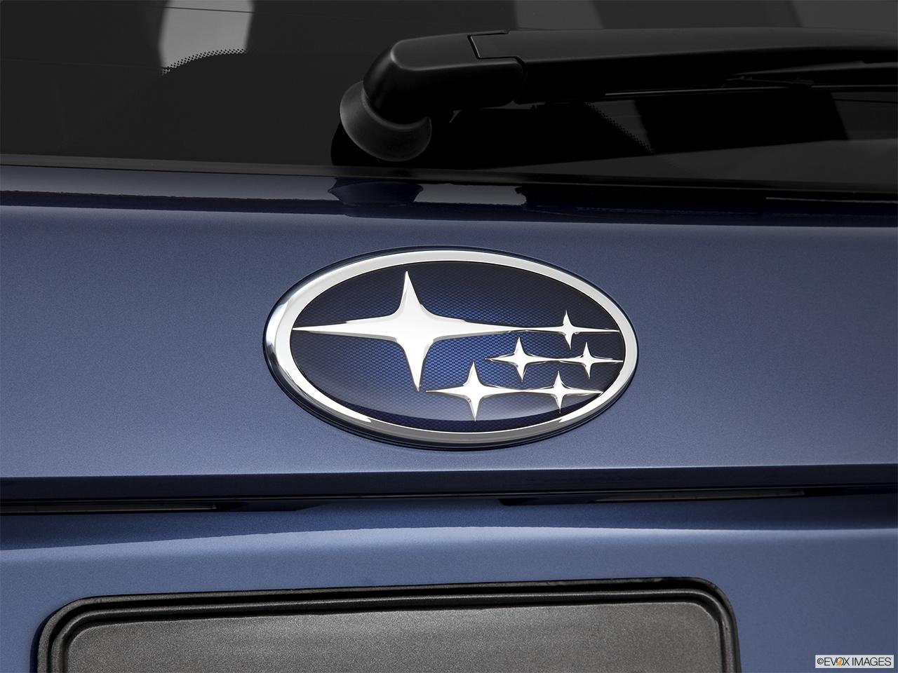 ... Forester Automatic 2.0XT Premium - Rear manufacture badge/emblem: https://carnow.com/cars/5546/mdp_photo_thumbnails