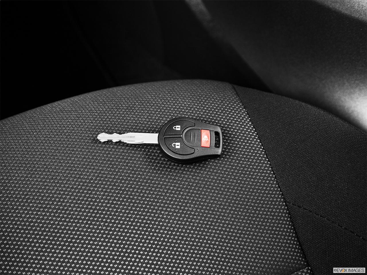2014 Nissan Juke Wagon Cvt Sv Awd Key Fob On Driver S Seat