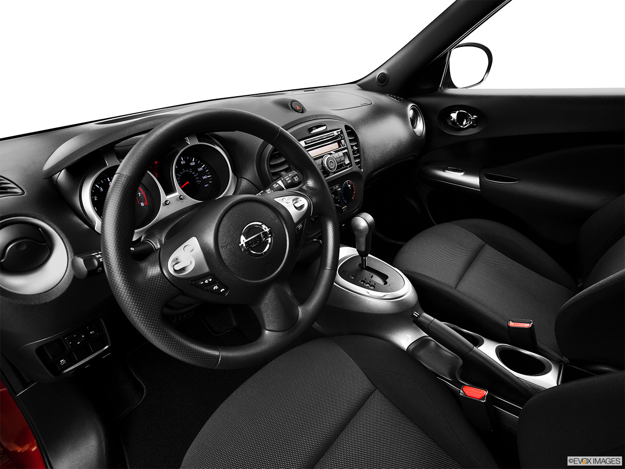2015 Nissan JUKE 5 Door CVT S AWD Wagon   Interior Hero (driveru0027s Side)