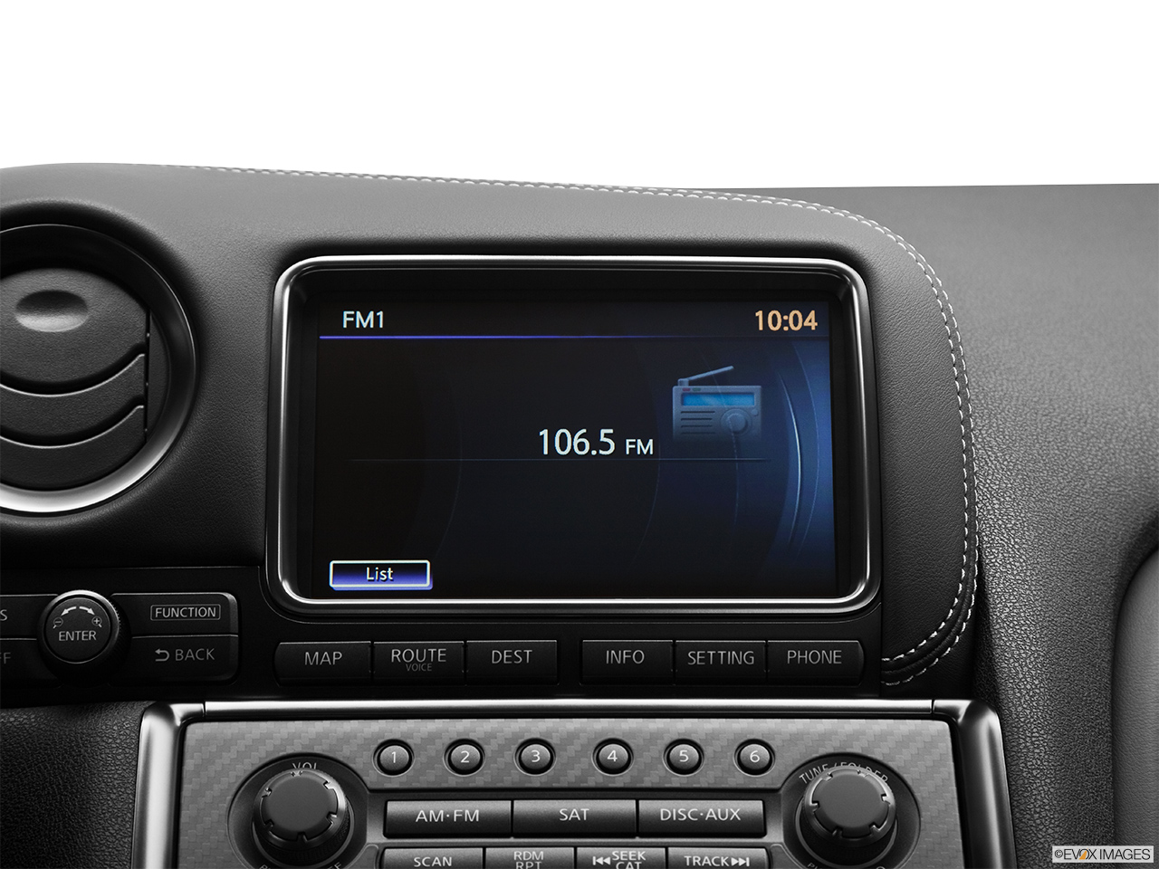 2015 Nissan Gt R Premium Coupe Closeup Of Radio Head Unit