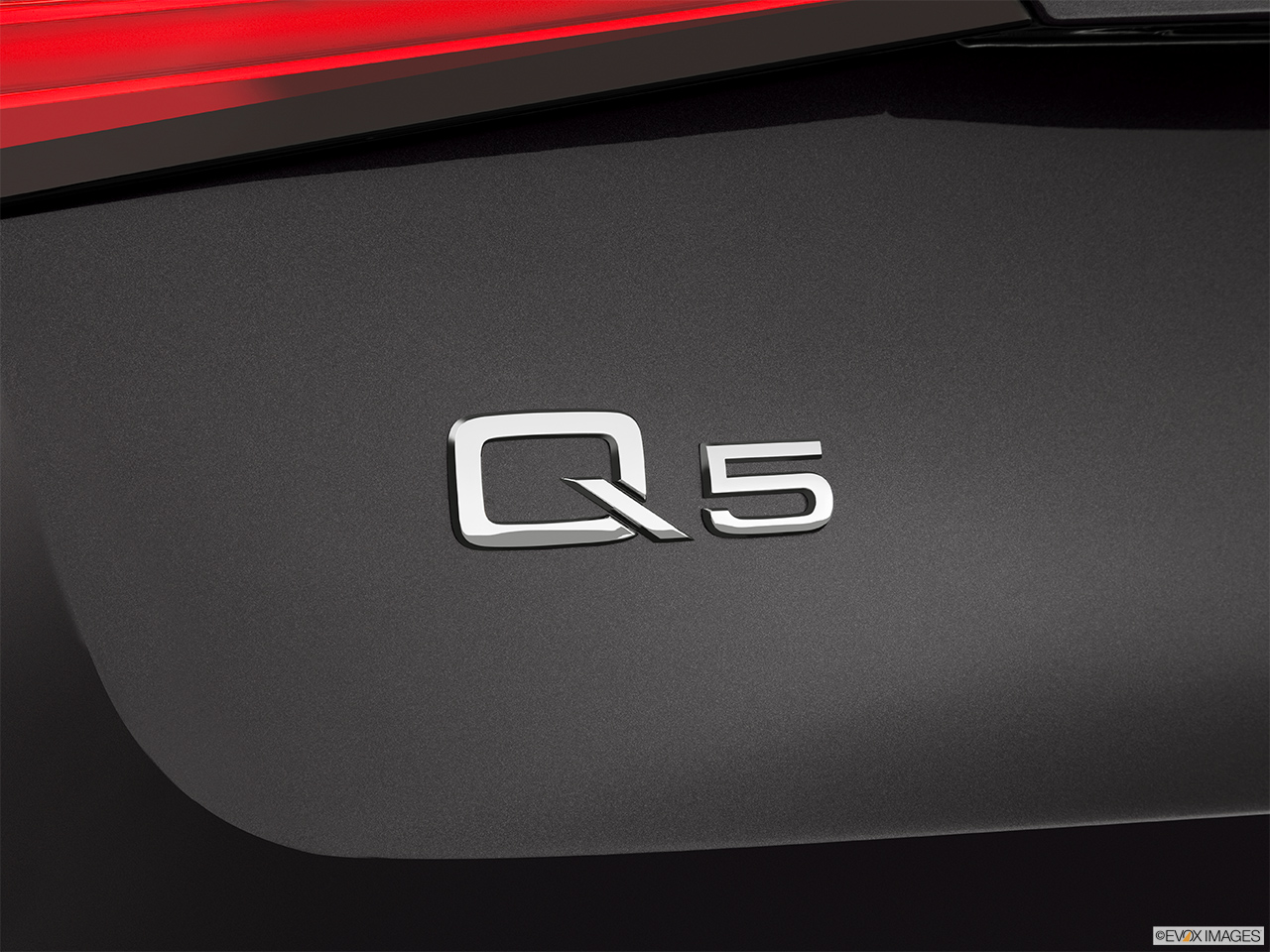 2014 Audi Q5 Quattro 2 0t Premium Plus Rear Model Badge