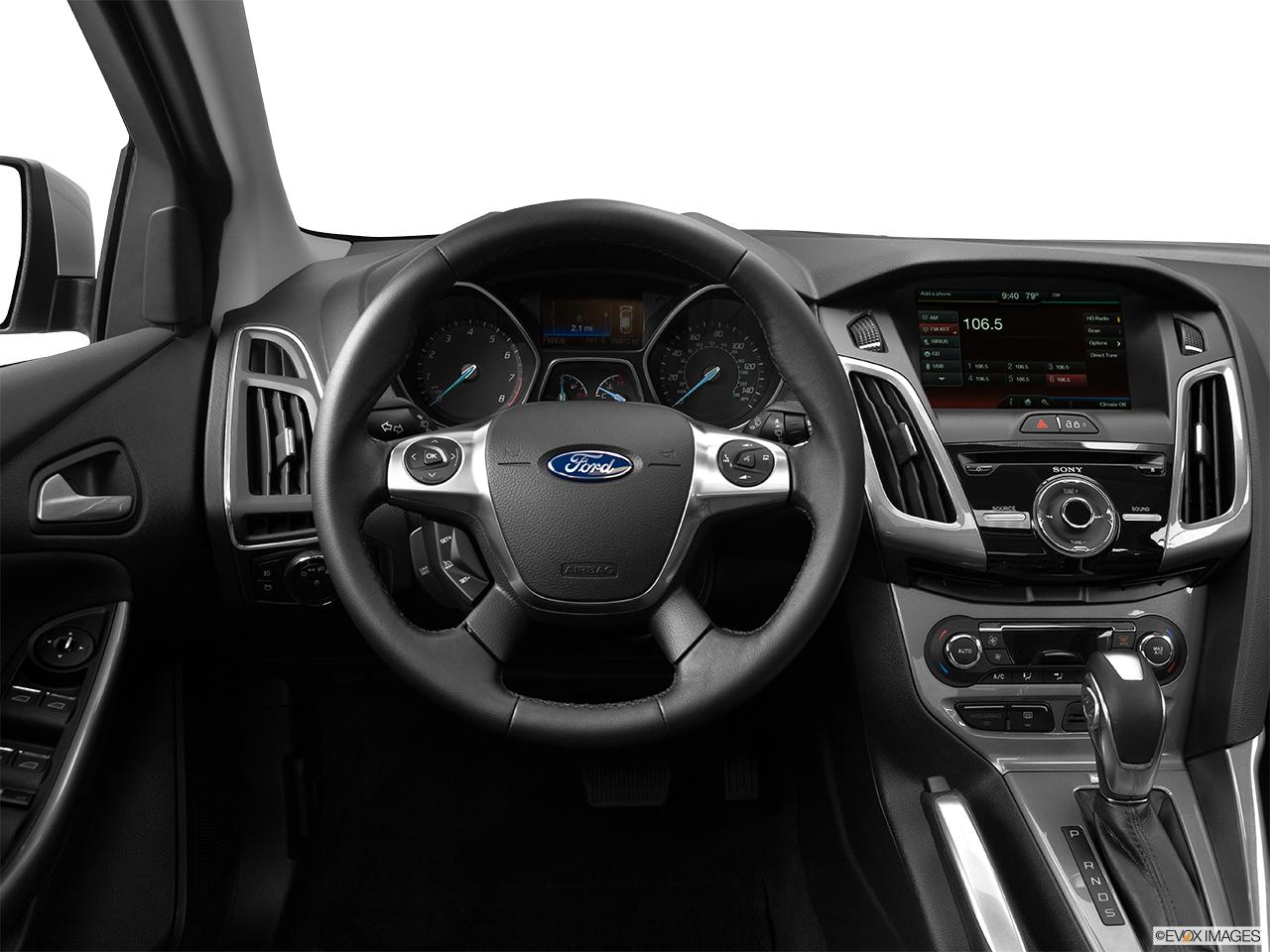 2015 ford focus sedan black. 2015 ford focus 4dr sedan titanium steering wheelcenter console black