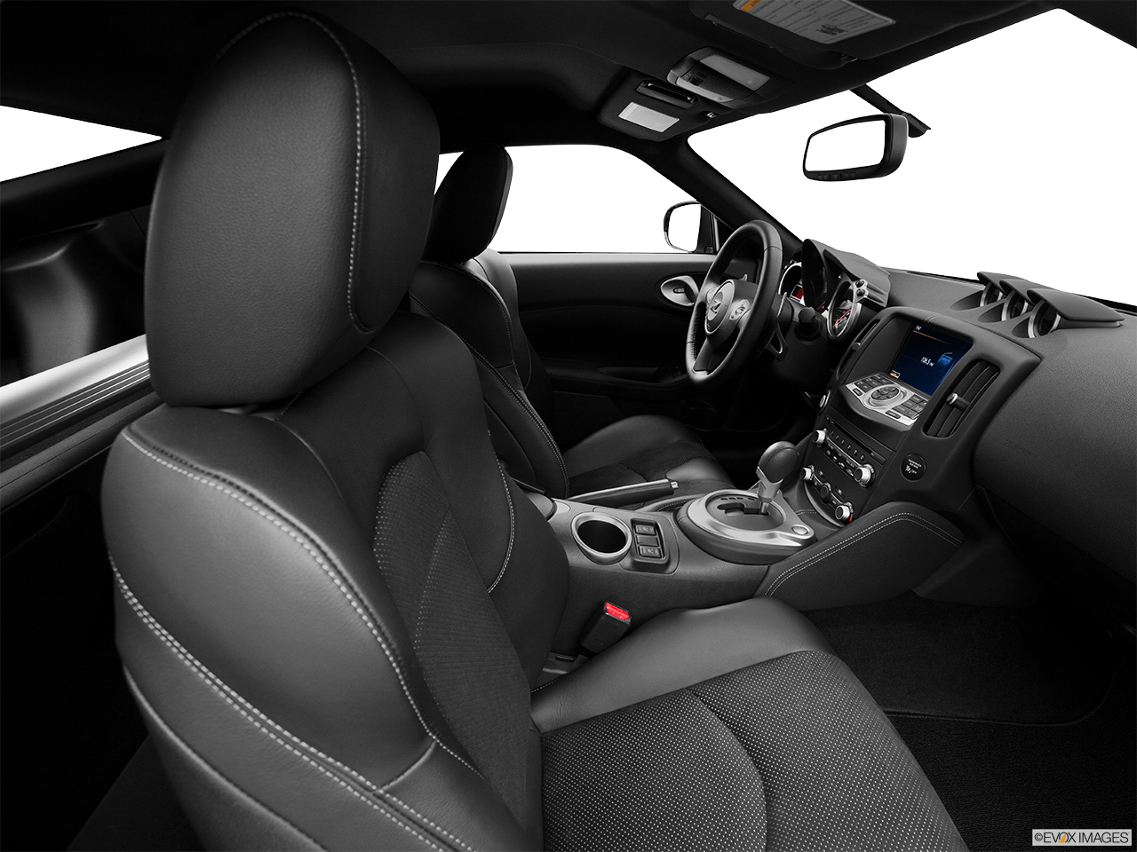 2015 Nissan 370z Manual Sport Coupe Front Angle View 2015