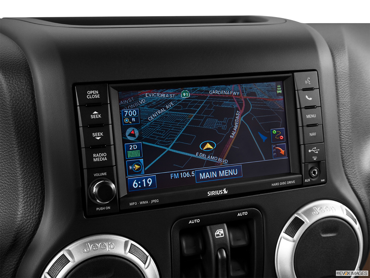 2014 jeep wrangler unlimited 4wd rubicon x driver position view of navigation system