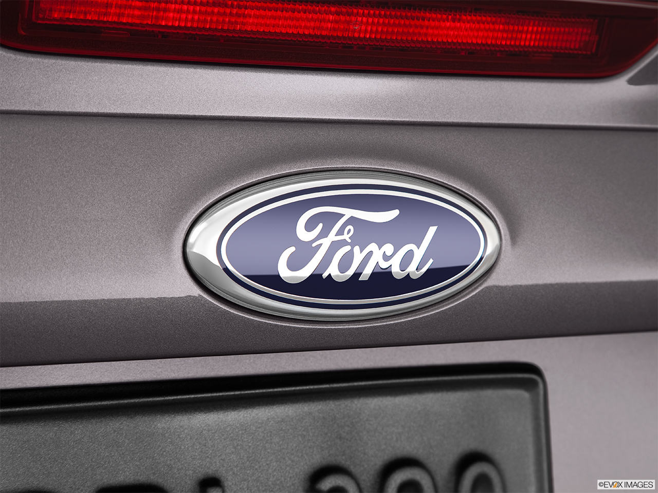 2014 ford focus sedan s rear manufacture badgeemblem