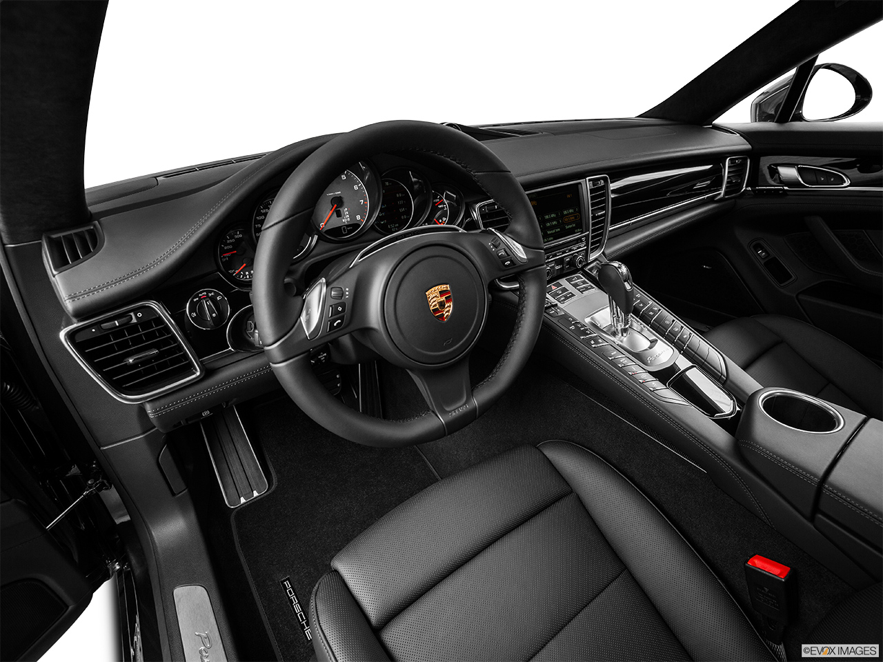2015 porsche panamera s hatchback interior hero drivers side