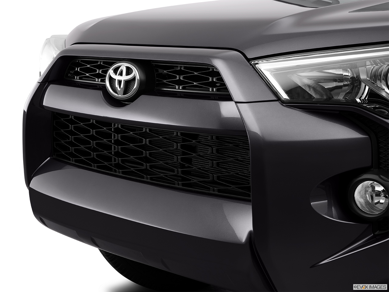 Picture Of Cars >> 2015 Toyota 4Runner 4WD 4 Door V6 TRD Pro - Close up of Grill