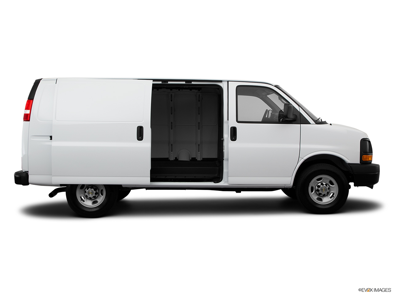 9f0ad1018d 2014 Chevrolet Express Commercial Cutaway 3500 Van 139 - Passenger s side  view