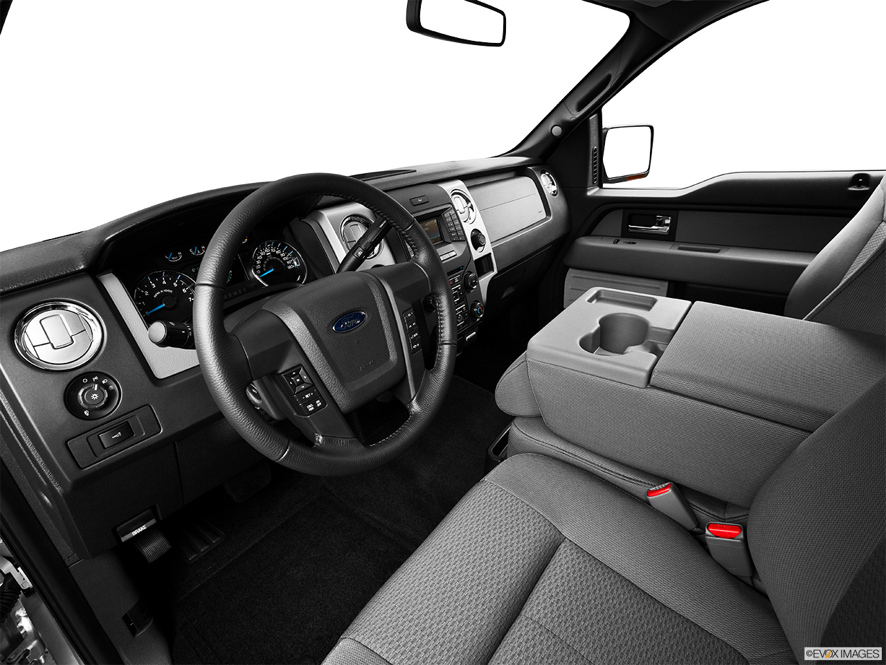 2015 Ford F 150 4WD SuperCab 145 XLT   Interior Hero (driveru0027s Side)