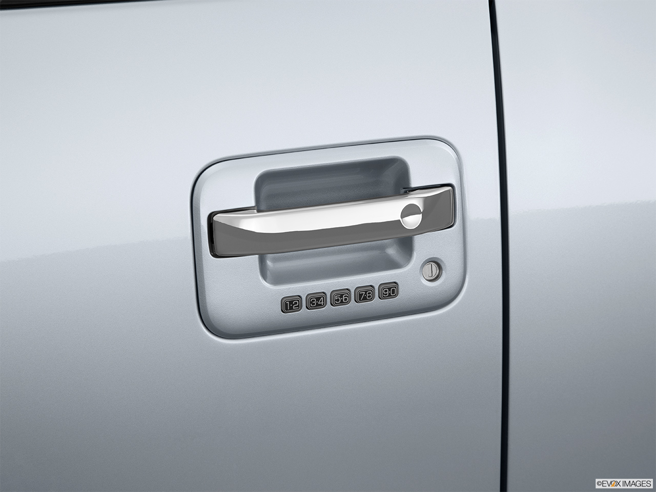 2014 ford f 150 2wd supercrew 145 platinum drivers side door handle