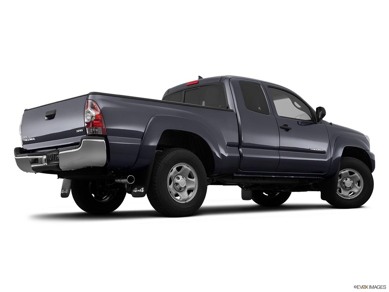 2015 Toyota Tacoma 4WD Access Cab I4 MT - Front angle