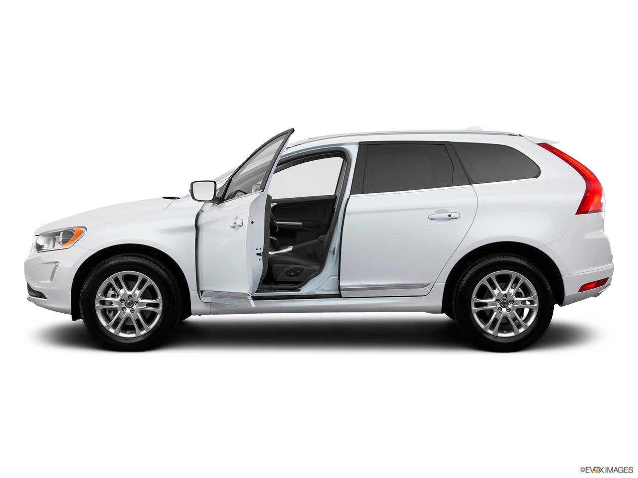 Volvo Xc 60 T6 >> 2015 Volvo XC60 AWD 4 Door T6 - Driver's side profile with drivers side door open