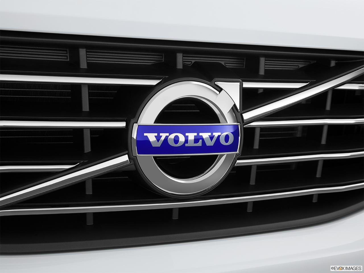 volvo logo 2015. 2015 volvo xc60 awd 4 door t6 rear manufacture badgeemblem logo