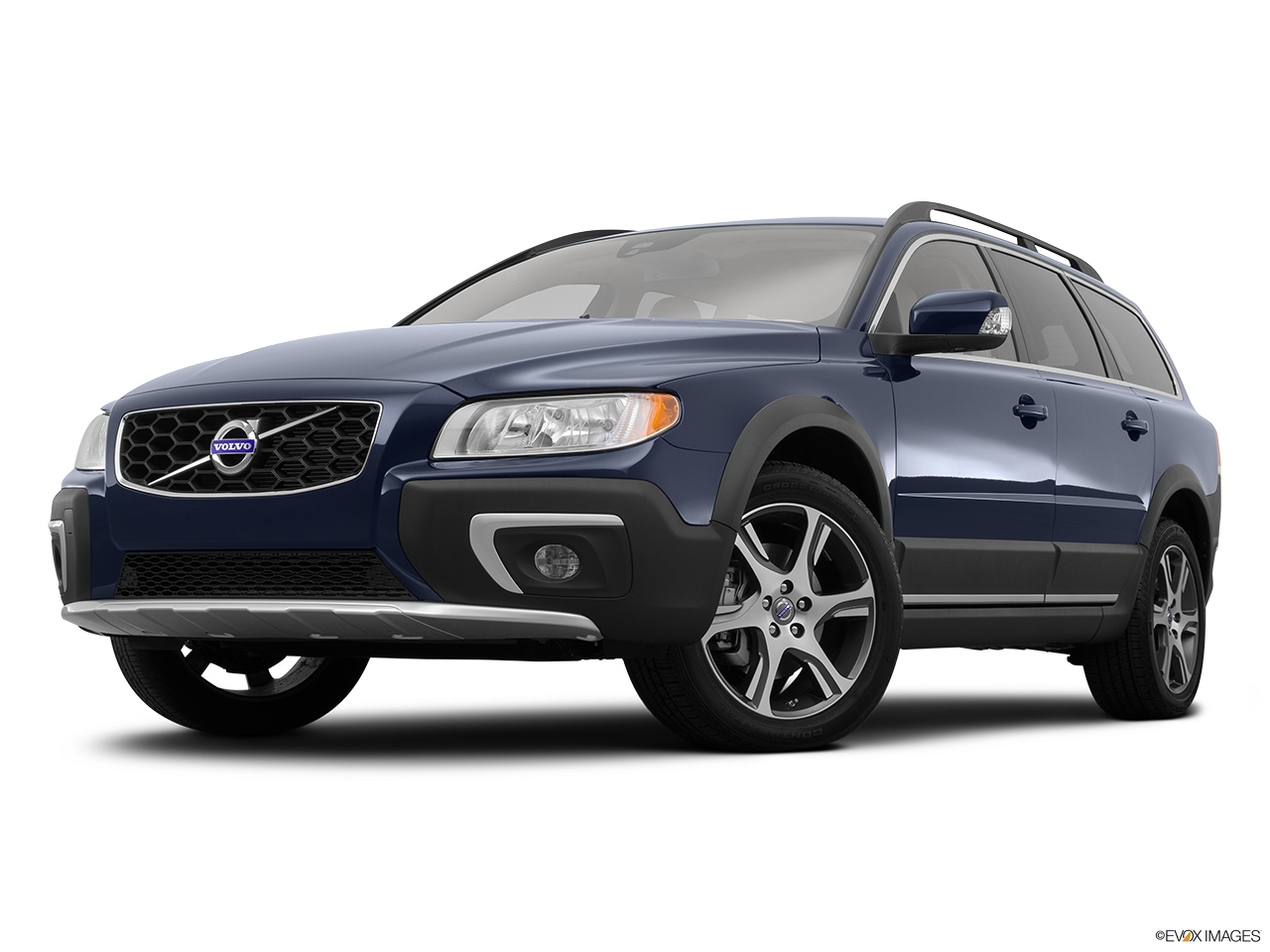 Floor mats volvo xc70 - 2015 Volvo Xc70 Awd 4 Door T6 Wagon Front Angle View Low Wide Perspective