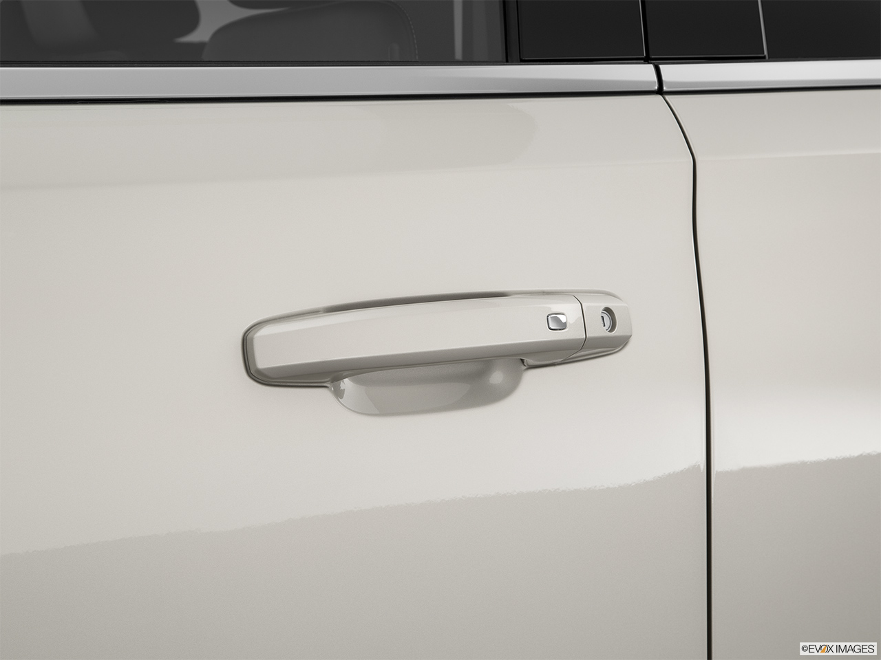2015 GMC Yukon XL 2WD 4 Door SLT - Drivers Side Door handle & 9644_st1280_045.jpg Pezcame.Com