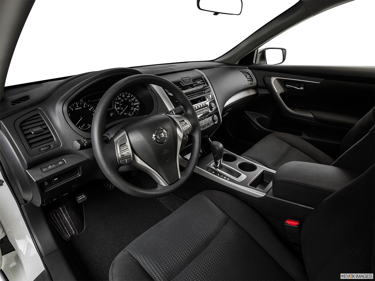 2015 Nissan Altima I4 2.5 Sedan   Interior Hero (driveru0027s Side)