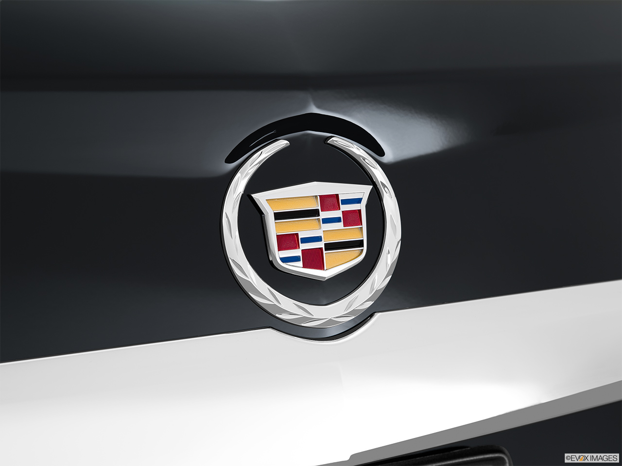 cadillac logo 2015. 2015 cadillac srx fwd 4 door luxury collection rear manufacture badgeemblem logo