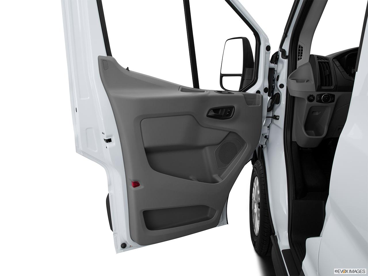 Ford Transit 350 >> 2016 Ford Transit Cutaway T-350 156 9500 GVWR SRW - Inside of driver's side open door, window open
