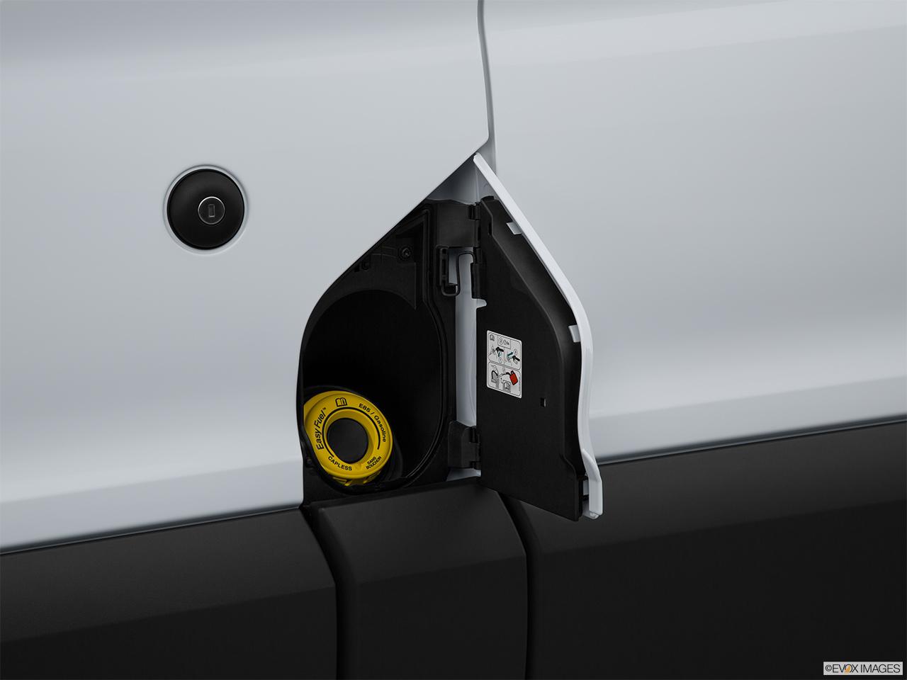 Ford Transit Cutaway >> 2015 Ford Transit Cutaway T-250 156 9000 GVWR SRW - Gas cap open