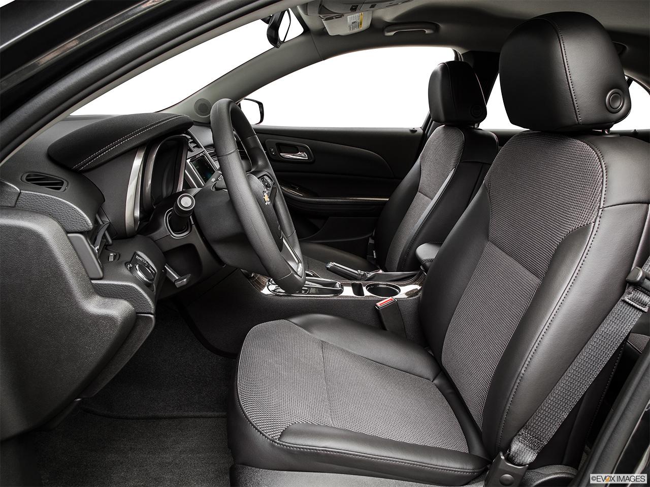 2015 Chevrolet Malibu Lt W3lt Sedan Front Angle View 2015