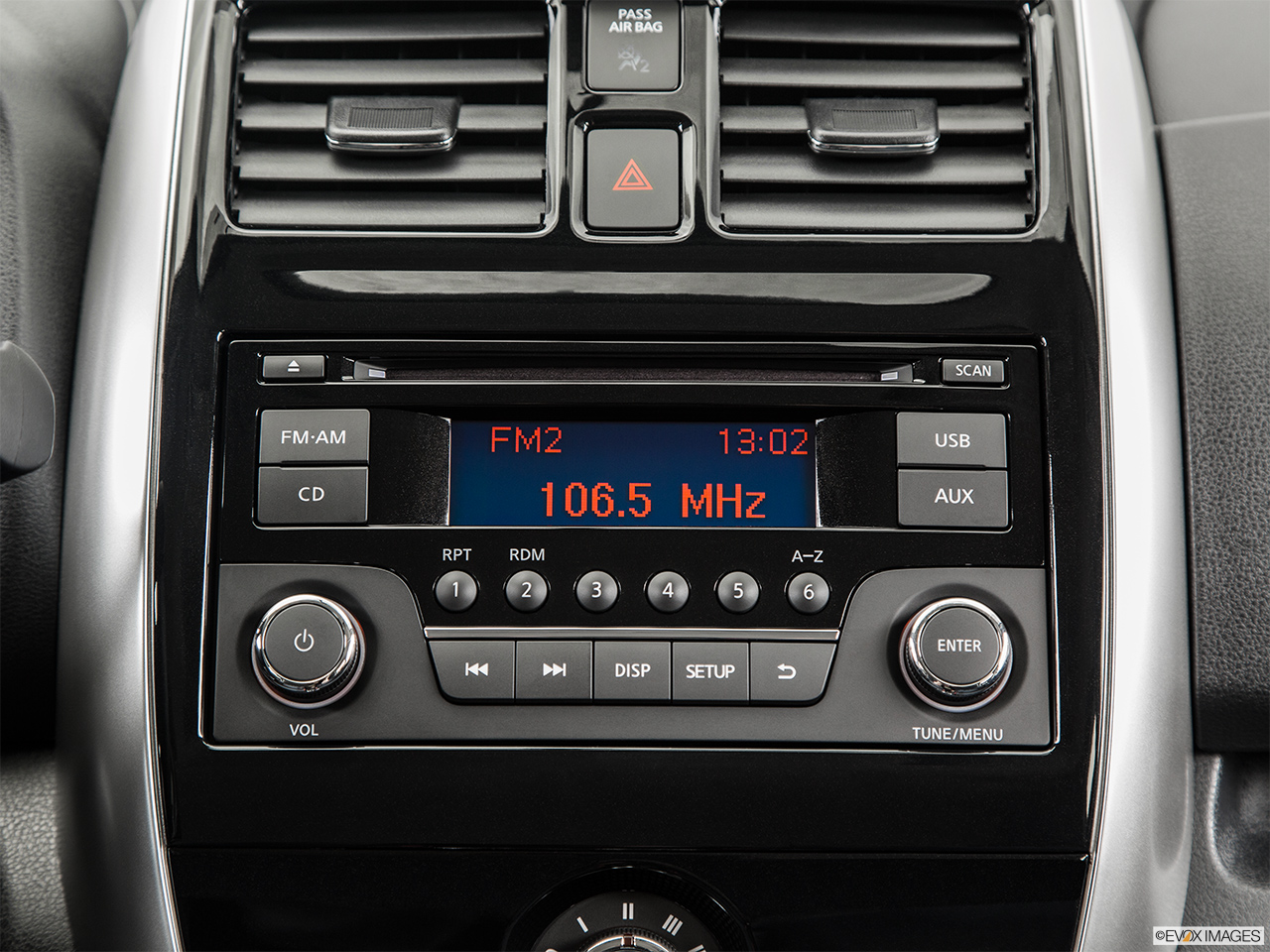 2015 Nissan Versa Note 5 Door CVT 1.6 SV Hatchback ...