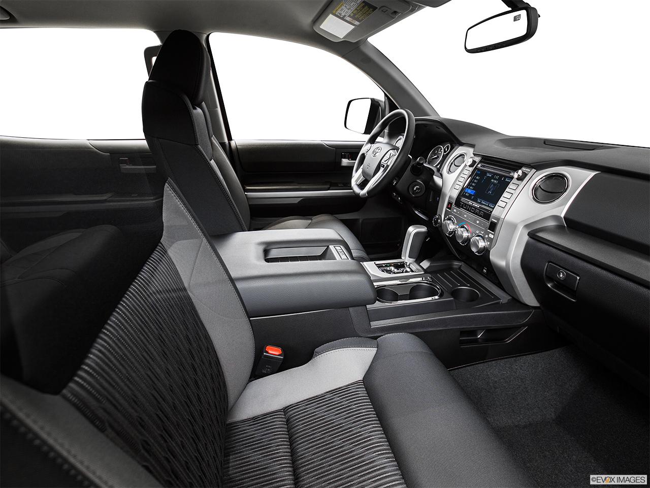 Superior 2015 Toyota Tundra 2WD Truck CrewMax 5.7L V8 6 Spd AT SR5   Fake