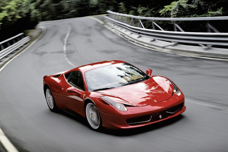 Aaajst1280093g 2013 ferrari 458 italia coupe exterior bonus shots no set spec 3 vanachro Gallery