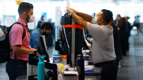 Image for Air travel has its busiest days in months heading into Memorial Day weekend