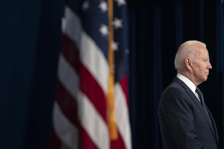 Biden calls on Congress to extend eviction moratorium set to expire Saturday