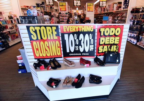 Image for More than 9,300 stores closed in 2019