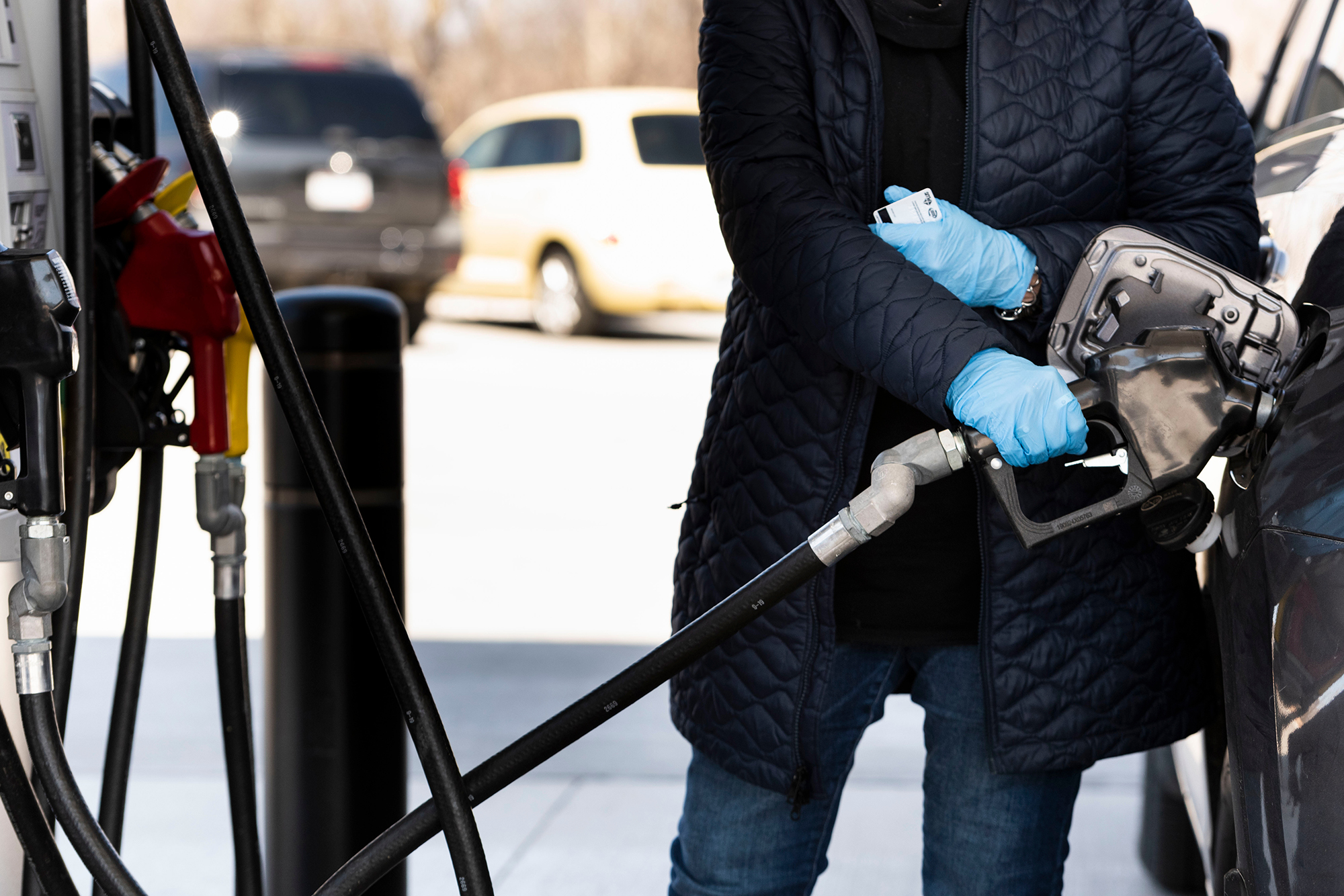 Sub-$2 gas: Coming to a gas station near you