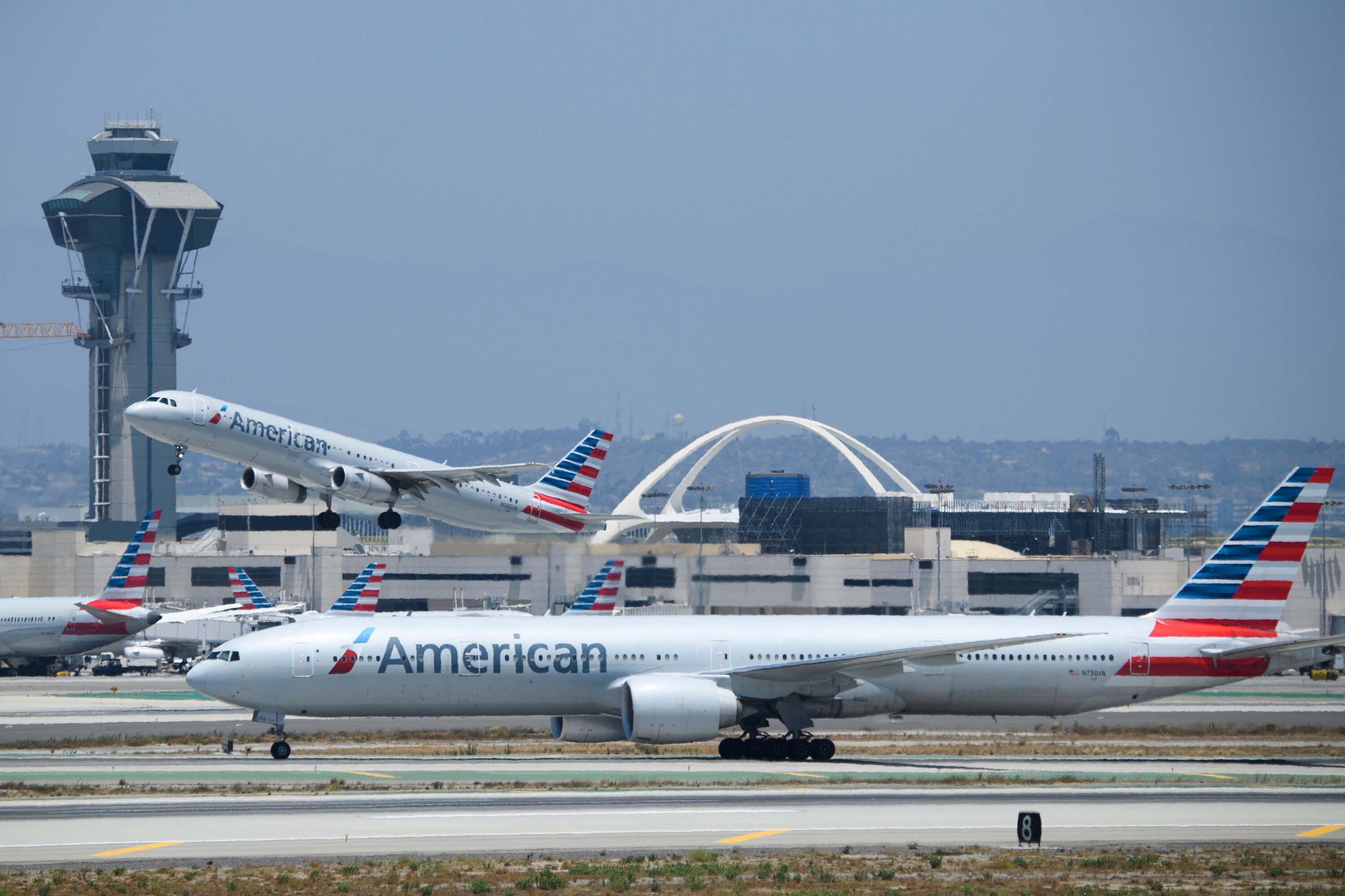 Losses mount for American and Southwest, but their outlook is brighter