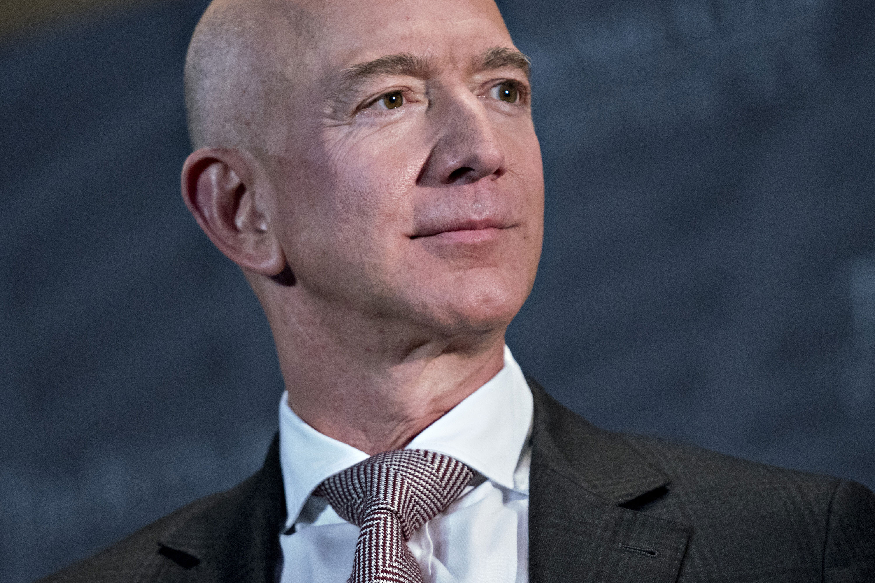 Bezos donates $200 million to Smithsonian, the biggest gift in the museum's history