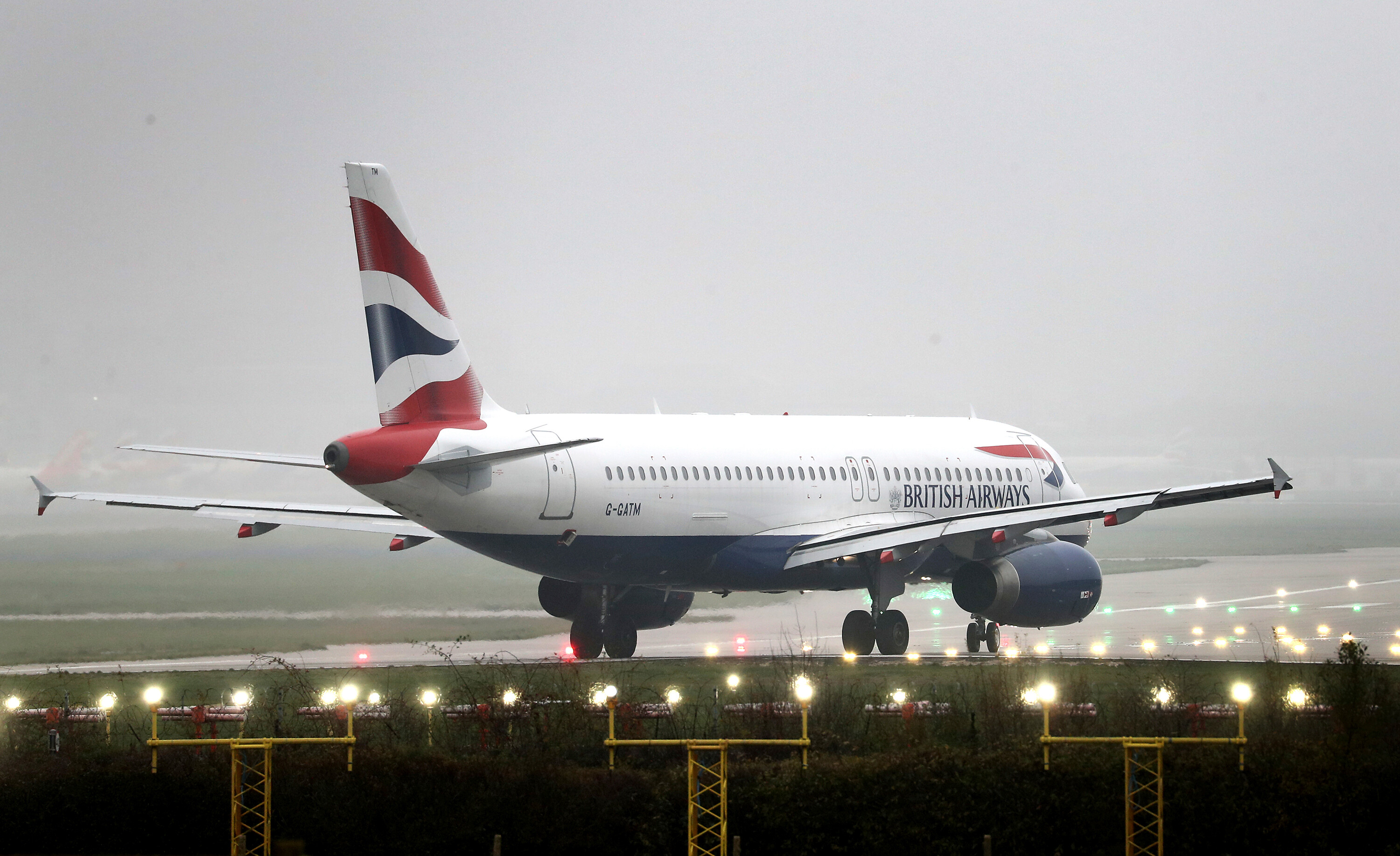 British Airways blames pilots as it ditches plans for new low-cost airline