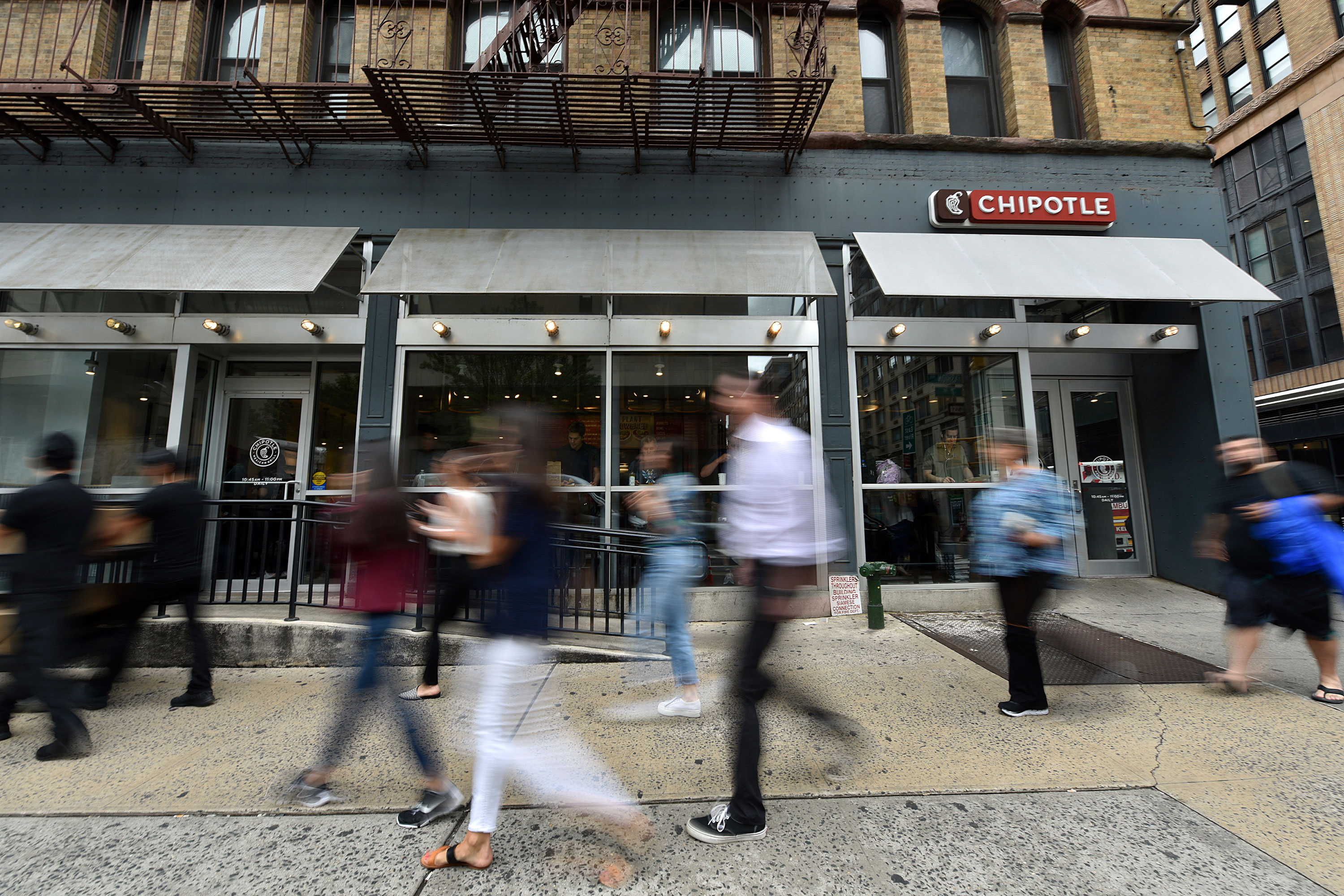 Chipotle cited with 13,253 child labor law violations in Massachusetts