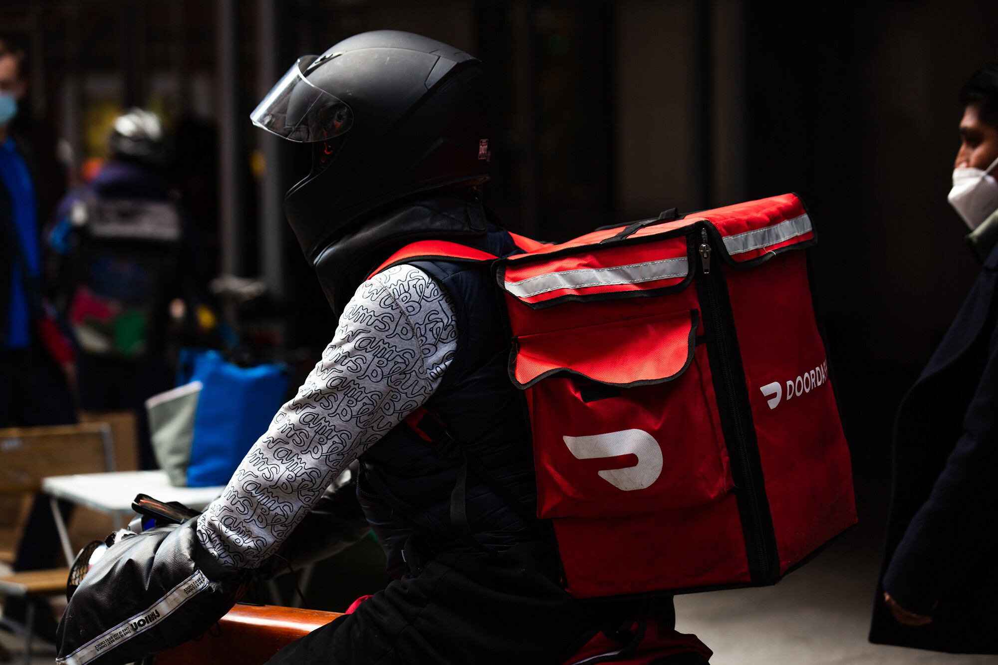 DoorDash, Grubhub and Uber Eats sue New York City over delivery fee caps