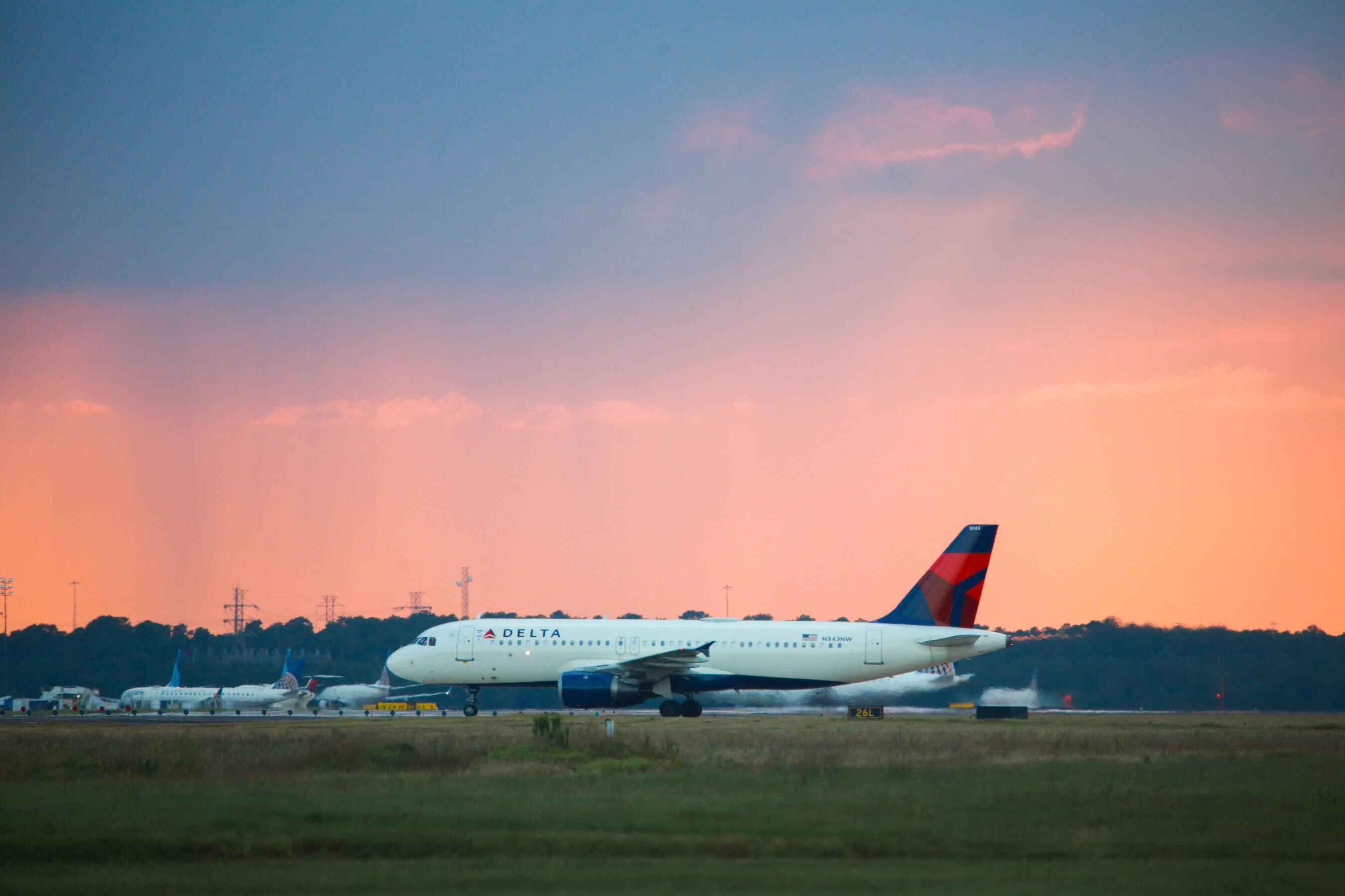 Delta returns to profitability but soaring fuel prices could bring new losses