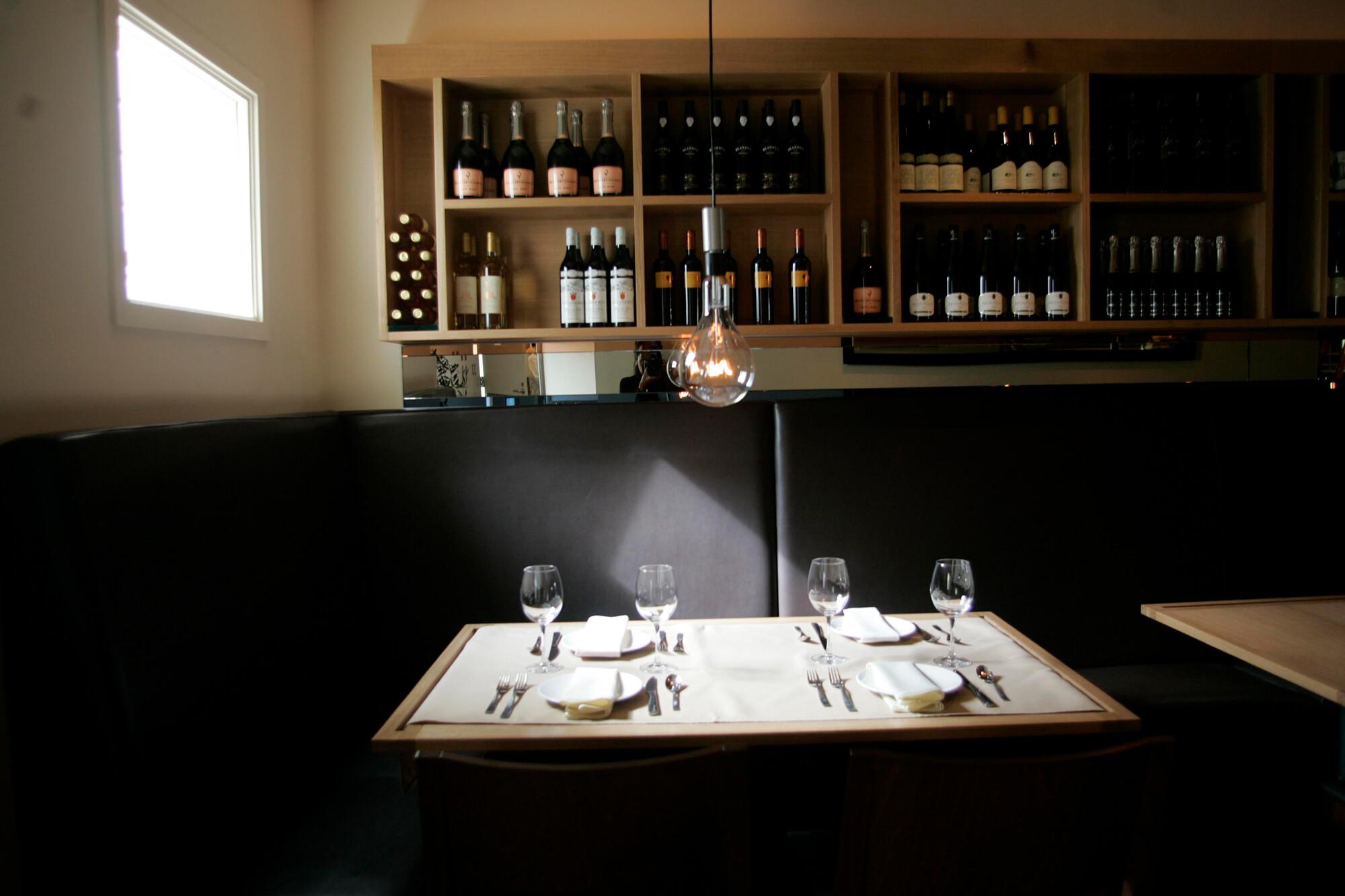 How the Delta variant is upending restaurants