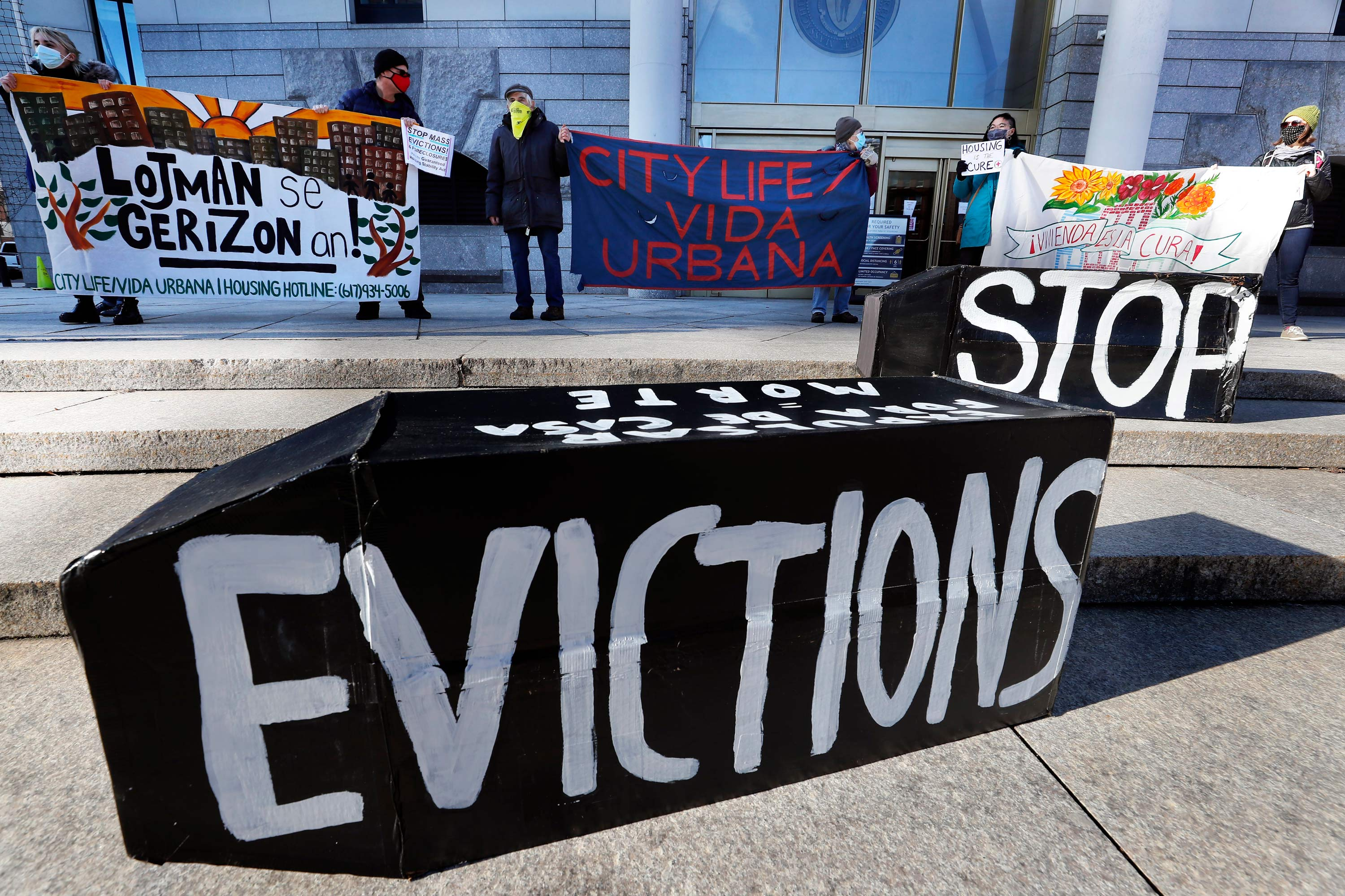 Evictions, unemployment and hunger: The American economy Joe Biden inherits