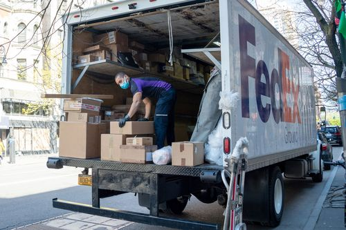 Image for FedEx is hiring 70,000 workers to meet holiday season demand