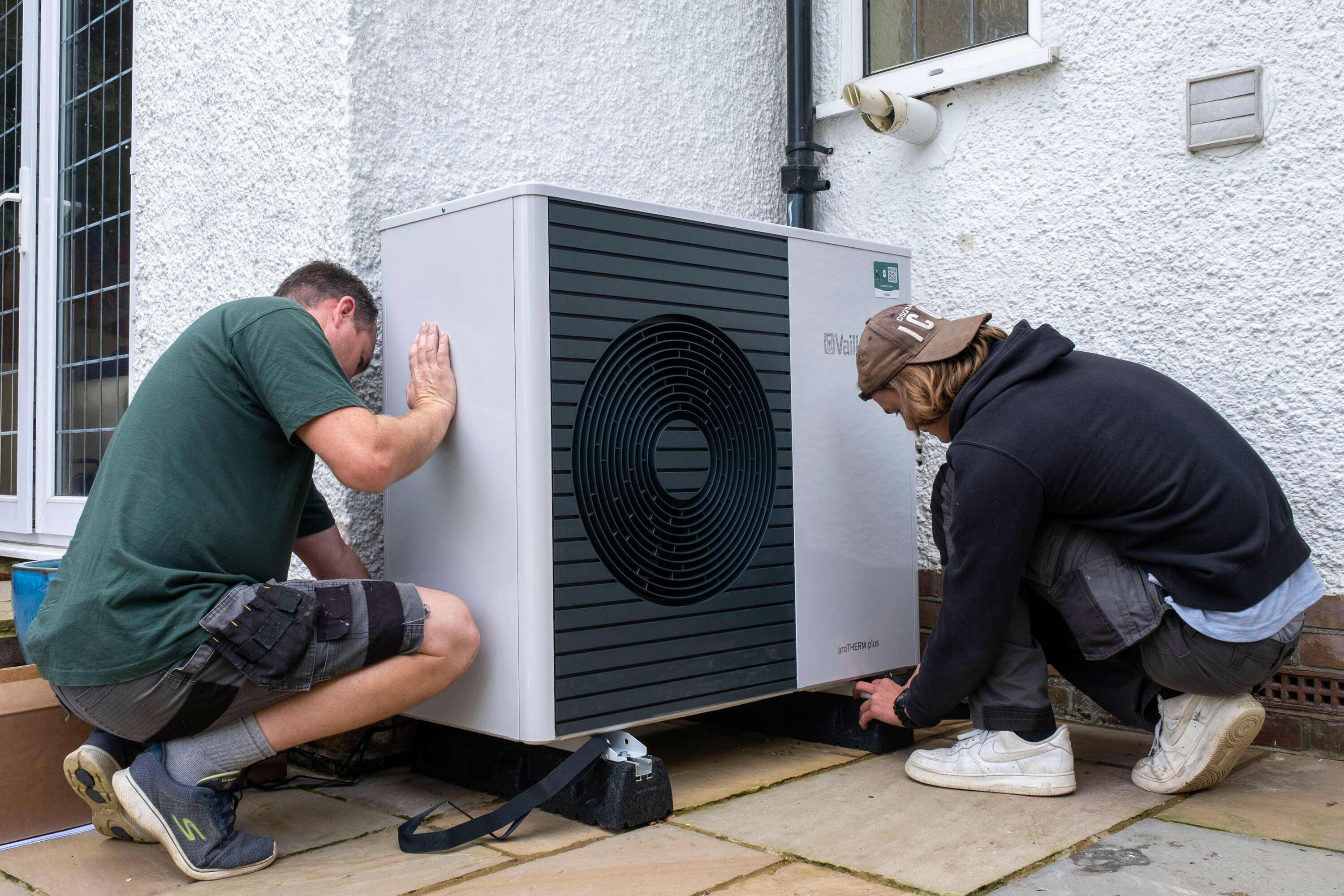 As gas prices soar, people are mulling alternatives to heating their homes. Here's what to know