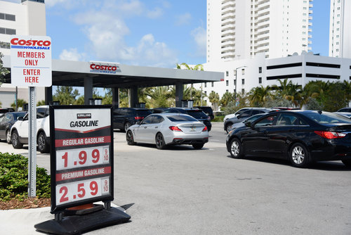 Image for Gas prices fall below $2 a gallon in 12 states